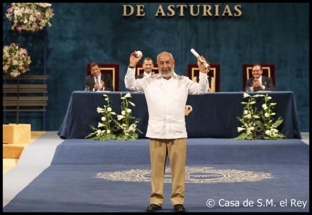 padura con premio Princesa de Asturias